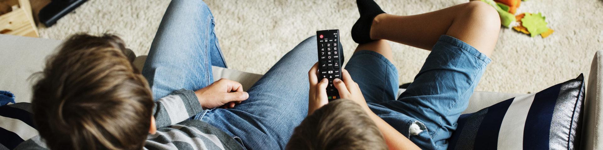 ¿Cómo la TV nos puede ayudar a educar a nuestros hijos e hijas?